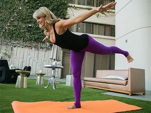 yoga warior 3